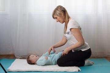 Первый месяц жизни малыша. Физическое развитие.